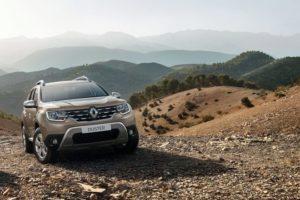 Продажи новых авто в Украине упали почти в 1,5 раза