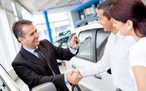 Как правильно забрать машину из автосалона?