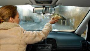 запотевают окна в автомобиле