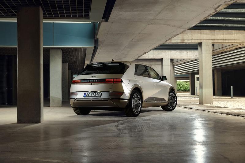 Hyundai IONIQ 5: объявлены украинские цены и комплектации